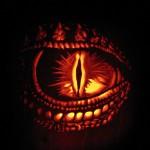 saphiras eye carved1